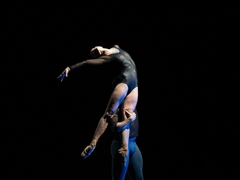 Courtney Richardson und Raphael Coumes Marquet in David Dawsons Opus11 Photo Costin Radu