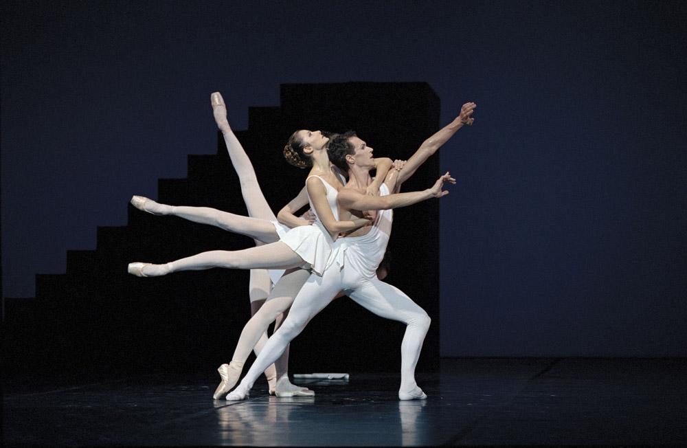 Copies/inspirations de poses de début/de fin - Page 3 Apollon-Balanchine-Bart-1