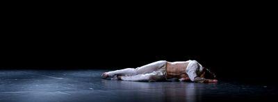 8206 Karina Sarkissova  Beichte  Denys Chervynko lies on the ground